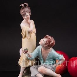 Фарфоровая композиция Вкусное яблоко, Bruno Merli, Италия, сер. 20 века.